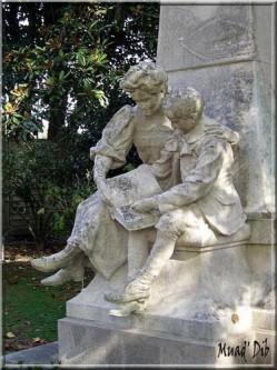 Le monument à Jules Verne, Nantes