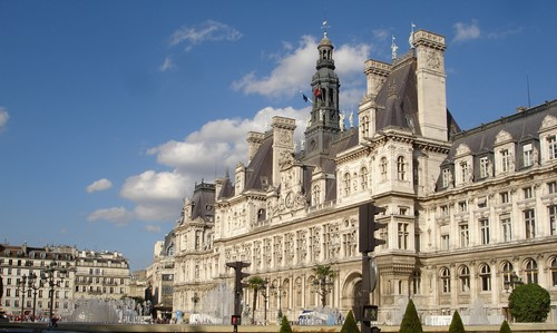100819_Hotel-de-Ville_Paris.jpg