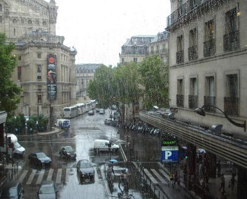 100823_Paris_pluie.jpg
